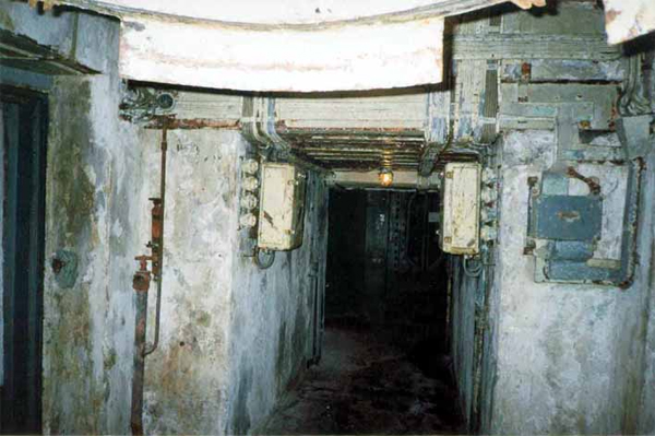 Underground passage to the gun turret