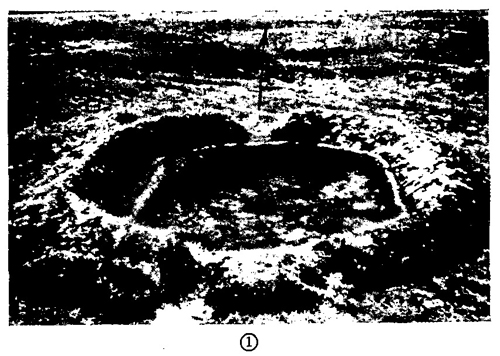 Figure 46.—Emplacement for antitank gun in flat terrain.